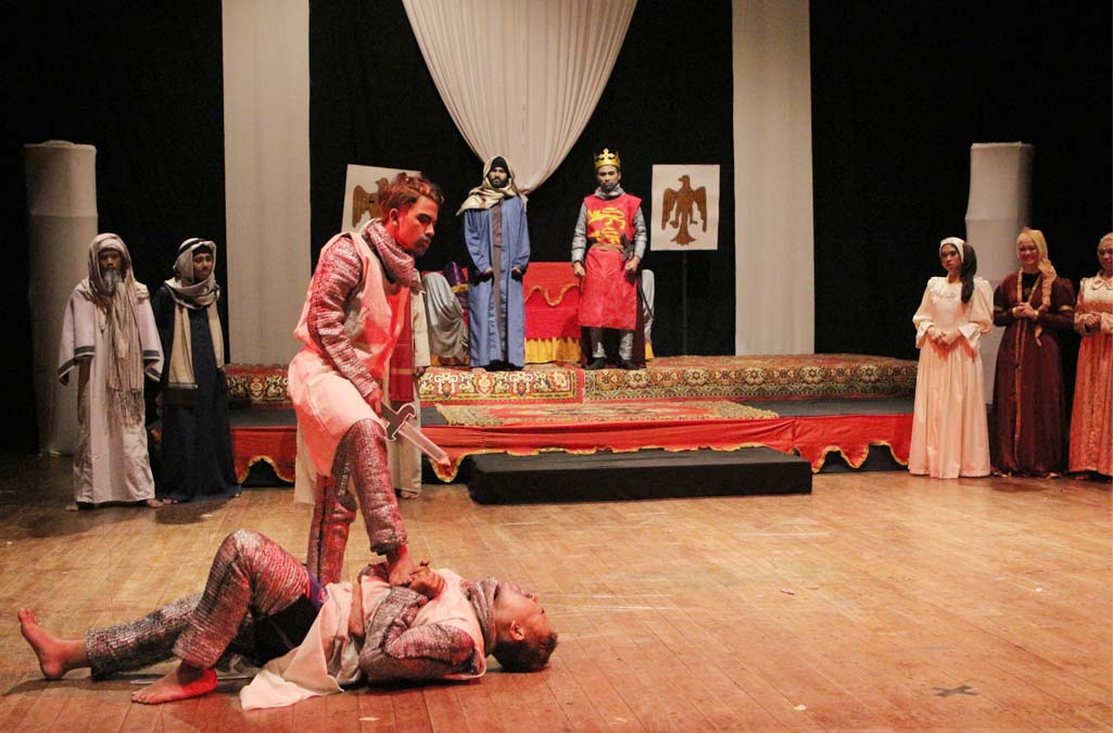 "Teater OASE Sastra Arab FIB Sampaikan Pesan Sikap Toleransi Melalui ""Bainal Asadain"""